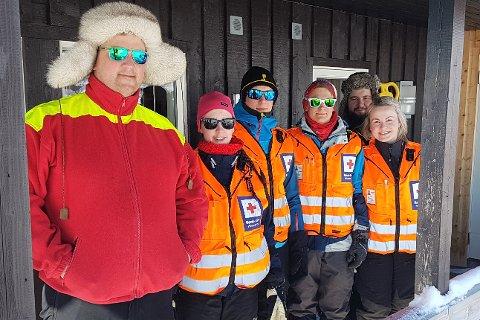 Med Cato Loftfjell i spissen, skal denne blide gjengen gjøre sitt beste for at påskefjellturistene får den hjelpen de behøver hvis uhellet først er ute.