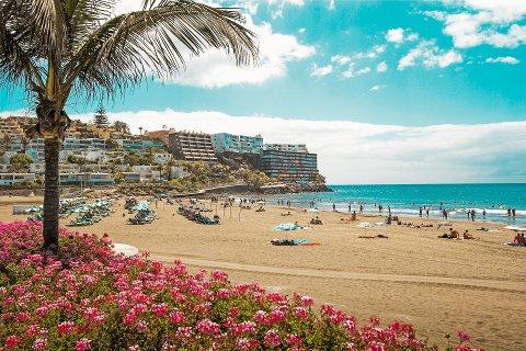 Mange nordmenn velger å reise til varmere strøk i påsken. Favoritten blant ranværingene er Grand Canaria og Tenerife.