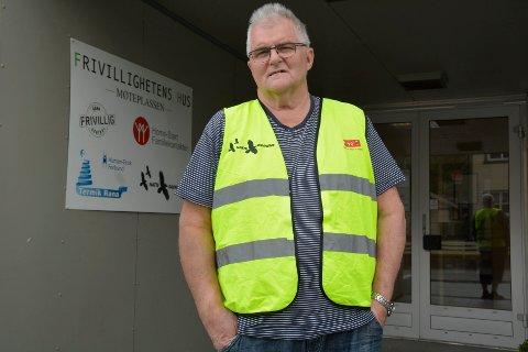 Stein Hovind er sykemeldt og vil derfor ikke kontakte frivillige slik som tidligere. Han ber derfor de som ønsker å gå natteravn om å melde seg.