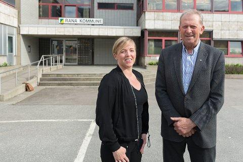 - Senterpartiet er klar til å ta ansvar hvis noen skulle være i tvil om det, sier Sp-nestor og kommunestyrepresentant gjennom mange år, Johan Petter Røssvoll, sammen med Hilde Lillerødvann (Sp).