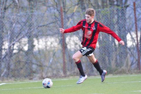 Sebastian Knudsen scoret for Åga IL på straffe på overtid, og sikret lagets første poeng for sesongen.