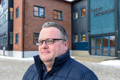 Rune Nermark slutter som rektor ved Gruben barneskole for å bli rektor ved Hauknes skole.