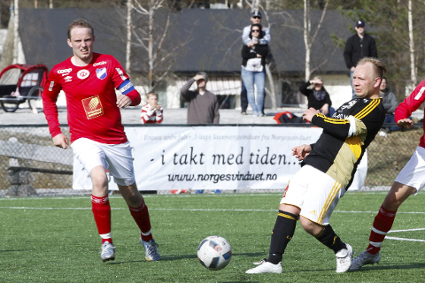 Aleksander Djønne og Lurøy FK tapte bortekampen mot Mosjøen 2 søndag.