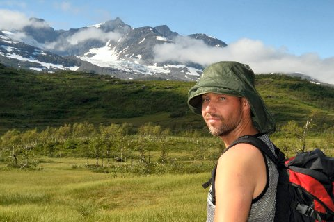 Å gå Okstindan fjellmarsj er en mektig opplevelse. Her er Kjell-Øystein Braseth fra Selfors på tur rundt Nord-Norges tak.