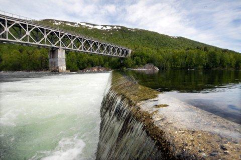 En omkamp rundt planene for Hjartås kraftverk i Ranelva ved Raufjellforsen ovenfor Storvoll, som MIP Miljøkraft ønsker, er ikke noe flertallet av politikerne i MPR-utvalget vil ha noe av.