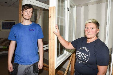 Jan Marius Langseth og Elisabeth Karlsen er to av ni arbeidstakere ved Natre Vinduer som ble sagt opp etter få måneders fartstid i bedriften.