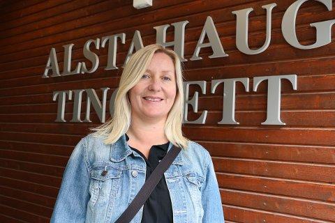 Toril Andersson (49) er ny i jobben som tingrettsdommer i Alstahaug, Brønnøy og Rana. Hun har jobbet i domstolsystemet siden 2013.