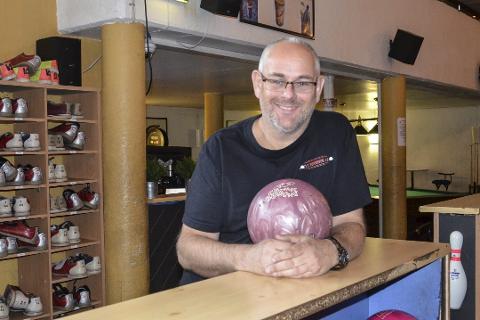 Tp bowling: Tommy Pedersen gleder seg over at folk i stadig større grad benytter seg av bynære tilbud.  foto: inger gretasdatter