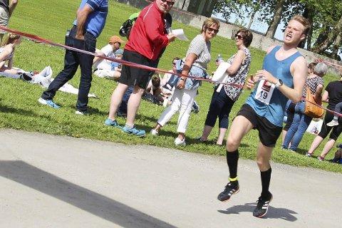 Emil Sorsell løp fort i Berlin. Her fra et løp hjemme på Helgeland.