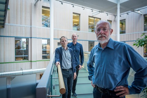 UiT Norges arktiske universitet åpner for en ny vei inn på ingeniørstudiet for dem som har et fagbrev fra før. F.h. Kjell Birger Hansen, koordinator for Y-vei-inntak, går også under navnet Y-veis-generalen, Morten Åsland samfunnskontakt UiT Mo i Rana, Ivar Lie, rådgiver ved UiT i Alta,