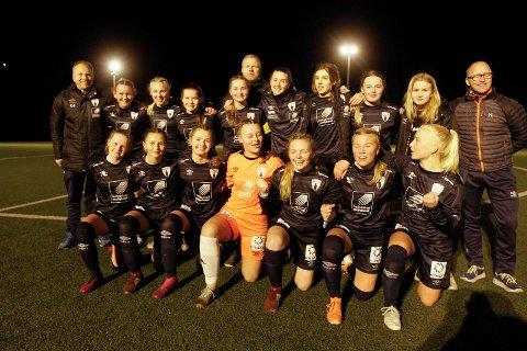 Fotball aldersbestemt. Siste seriekamp i sluttspillet i J15. Halsøy J14 mot Rana FK 2-1 (1-0) på Halsøy idrettspark. Rana FK er klar for KM-finale på Sagbakken