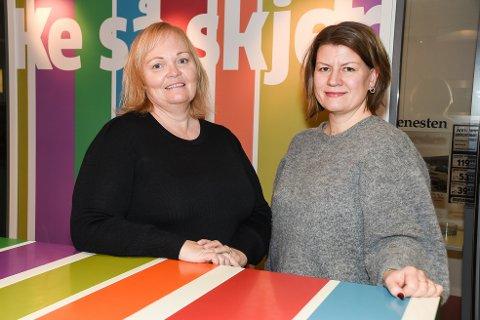 Rana Blads sjefredaktør Marit Ulriksen (t.v.) og adm. dir. Rigmor Nygård Hansen.