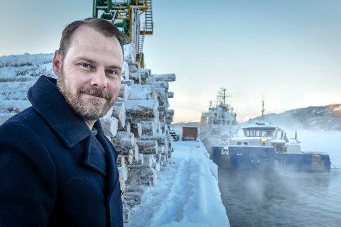 - Jeg sier opp jobben som havnefogd uten å ha en ny jobb å gå til, sier Svein Tore Nordhagen.