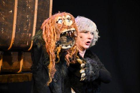 Teaterstykket om den samiske onde kjempen Staaloe, som er laget av Sydsamisk Teater, skal under samefolkets dag settes opp i Trondheim.