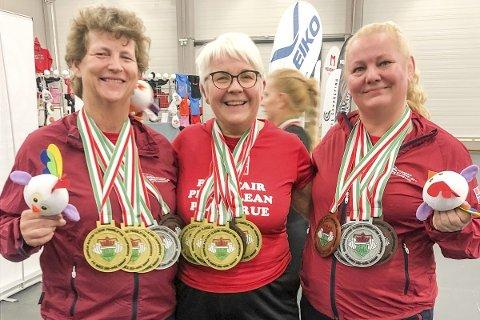 SUPERDAMER: Inger Blikra (t.v.), Tove Michalsen og Rita Pernille Bråthen med solid medaljefangst i EM. Foto: Morten Rygh