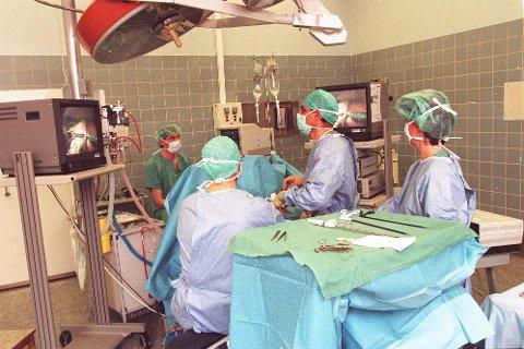 Kirurgiske inngrep topper antall henvendelser til pasient- og brukerombudet i Nordland, og dreier seg om spørsmål knyttet til mulig svikt og feilbehandling. Illustasjonsfoto: NTB