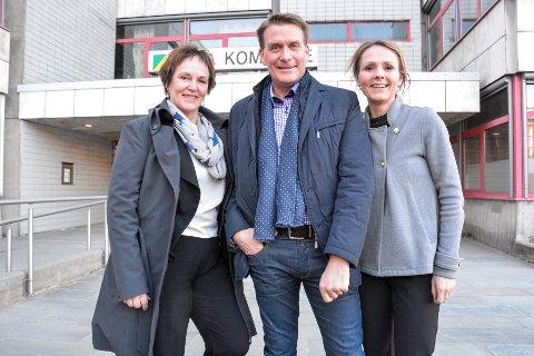 Margunn Ebbesen, Kårstein Eidem Løvaas og Linda Hofstad Helleland fikk en innholdsrik ettermiddag i Rana.