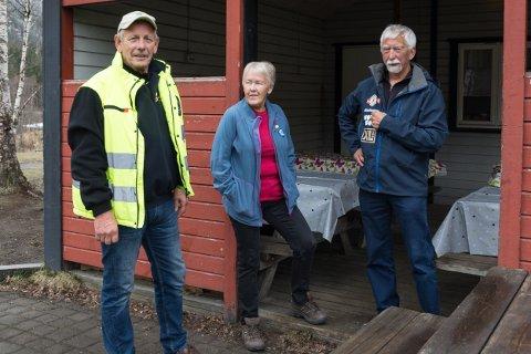Alf Olsen Lions ryddet opp etter russen i Klokkerhagen. Bjørnar Strømhau Sigrun Olsen