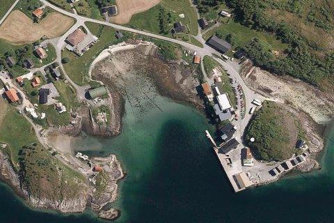 Sentralt på Tonnes skal det anlegges et nytt ferjeleie, som skal betjenes av en bilførende hurtigbåt. Etter planen skal ferjeleiet stå ferdig i slutten av 2021 og koste 102 millioner kroner.