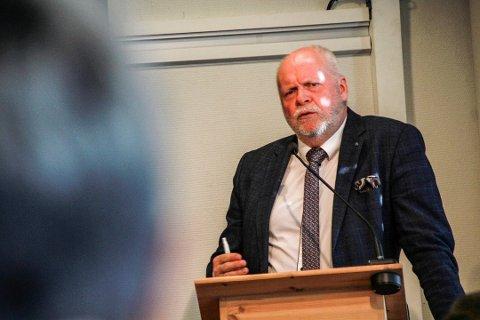Sjefredaktør i Rana Blad, Marit Ulriksen, tar for seg sykehusutspillet fra vefsnordfører Jann-Arne Løvdahl i dagens leder.