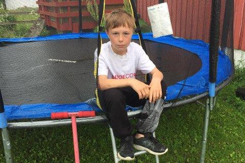 Storm Nilsen Takøy (11) er glad for at trampolina ikke skal selges.