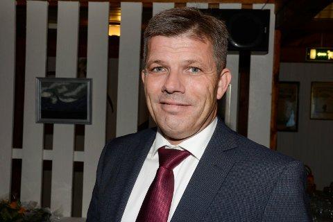 Tidligere ordfører i Lurøy, nå nestleder i Arbeiderpartiet, Bjørnar Skjæran er fornøyd med at Helgelandssykehuset likevel ikke innfører den nye ambulanseplanen.