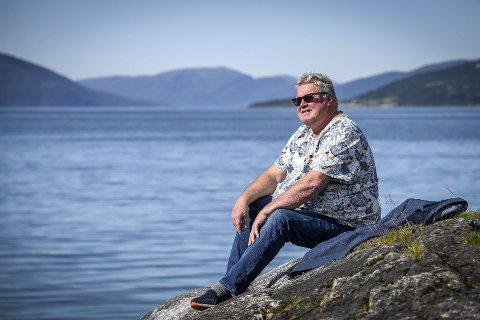Den siste økta som frivillig vil Tord Johansen ta hos psoriasisforbundet. 65 åringen fra Hemnes finner inspirasjon i målet om ei bedre framtid, som han vil bidra til å få til. Foto: Øyvind Bratt