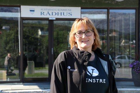 Leder i Alstahaug Venstre, Hanne Nora Nilssen, mener etableringen av Campus Helgeland har gått på bekostning av studietilbudet på Nesna.