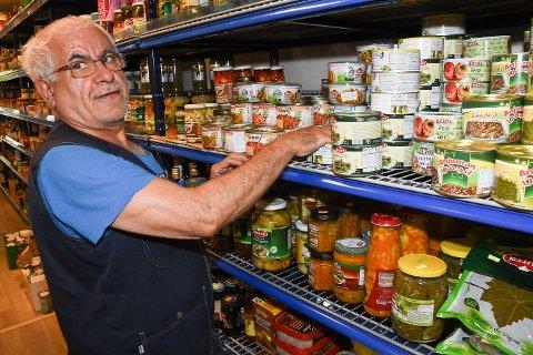 Daglig leder og eier, Hossein Ali Eskandari, la ut 1001 Natt for salg i slutten av juni.