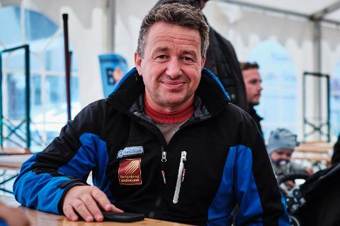 Kjell Idar Juvik synes det er hyggelig å bli lokalvalgets slengerkonge i Hemnes.