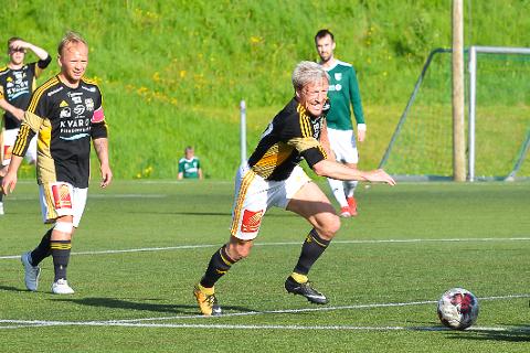 Bjørn Audun Risøy var en av fem forskjellige målscorere da Lurøy vant 5-1 mot Vega.