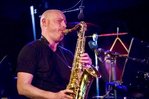 NYX: Fred Glesnes er en av de fire habile jazzmusikerne i NYX som besøker Hemnesberget