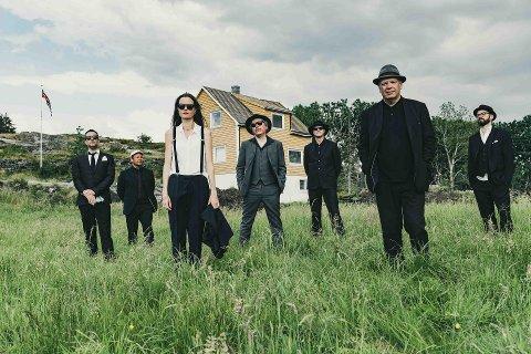Frode Grytten Beat Band skal sørge for Amerika med vestlandsbeat under Vinterlysfestivalen.