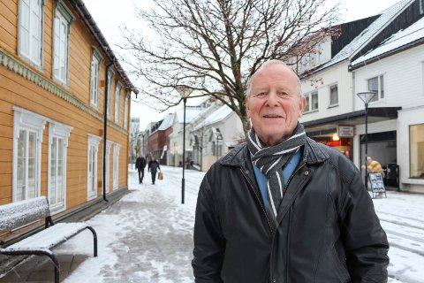 Oddvar Ulvang er engasjert i arbeidet med å bevare brygga som hans bestefar kjøpte og jobbet i.