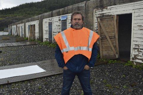 Styreleder i ACR, Øystein Bentzen, ønsker å investere 2,4 millioner kroner i en feiemaskin og inngå et partnerskap med Rana kommune.