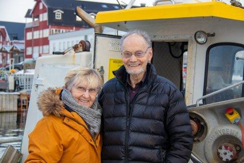 GLADE BÅTFOLK: Jorunn Elida og Terje Aune feirer i år sin 20. tur til Lofoten på fiske. Helt siden 1999 har de tilbragt en drøy måned i fiske-eldoradoet - bortsett fra ett år da været var for hardt.