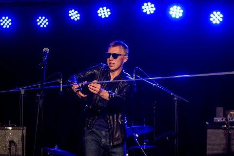 Det er snart ett år siden bluessjefen Stig Frammarsvik klippet båndet og erklærte Tuff Enuff for åpnet.