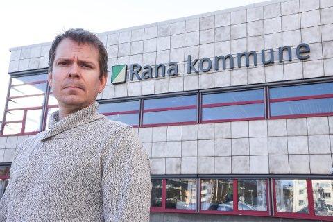Kommuneoverlege i Rana, Frode Berg, forklarer hvorfor koronaviruset er farligere enn vanlig influensa
