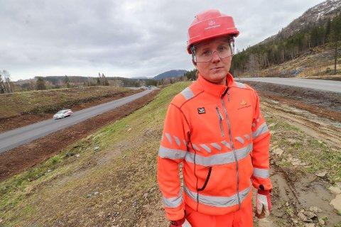 Fornøyd: Delprosjektleder Rainer Smedseng er fornøyd med arbeidet av den nesten tre mil lange strekninga. Her ved en tidligere anledning.