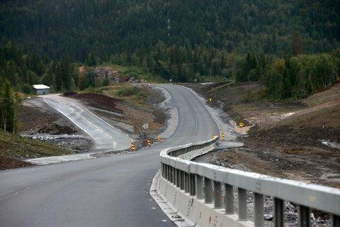 Arkivfoto fra arbeidet med E6 nord for Storforshei, som er på strekningen der 18-åringen fra Salten gjorde en kostbar tabbe.