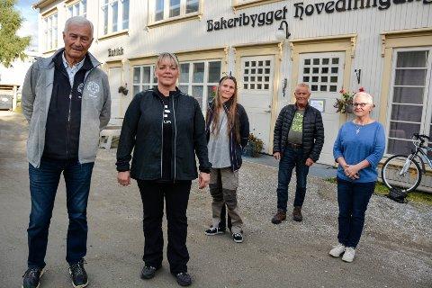 Steinar Høgåas, May-Lene Meyer, Ingrid Johannessen, Erling Solvang og Merete Liberg representerer den nye arbeidsgruppa. Hemnes og Nesna skal også ha en representant, i tillegg til et par ungdommer fra ulike organisasjoner.