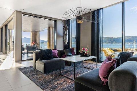 Selger Jørn Ståle Pettersen kaller dette Nordlands fineste leilighet. Den ligger på Nesna.