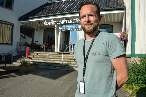 - Vi har opplevd en rekordstor trafikk i juli. Det liker vi, selv om det også har vært krevende, sier hotellsjef Ruben Nilsen Robertsen ved Scandic Meyergården.