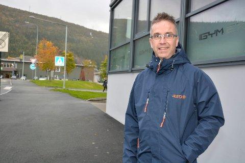 Stig Magne Øie, i Rede Eiendomsmegling flytter inn i nye lokaler i O.T.Olsens gate.