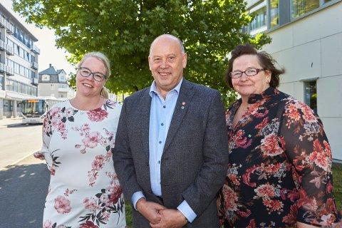 Senterpartiets fylkestingsgruppe. Fra venstre: Iren Beathe Teigen, Svein Nilsen og Tone Nordstrand.