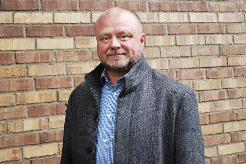 Svein Erik Rødvik i Grønt Punkt Norge er imponert over hvor fort HAF bytter ut i blå posene de ikke har vært fornøyd med.