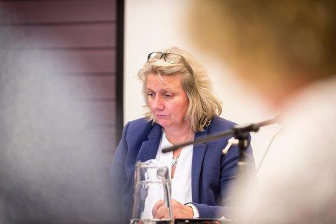 Rådmann Kitt Grønningsæter sier Rødøy kommune kun er høringspart i saken, det er fylket som gir Mowi tillatelse eller ikke.