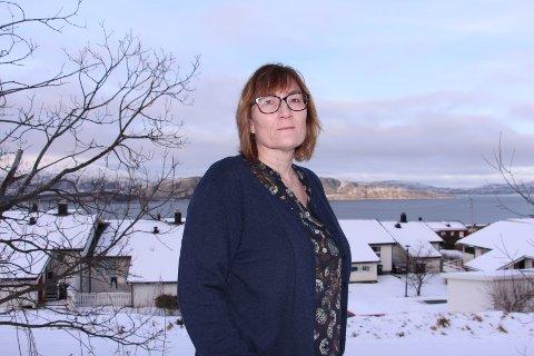 Kommunestyrepolitiker Hanne Nora Nilssen er skuffet over at Statsforvalteren i Nordland velger å ikke behandle hennes klagesaker, og viser til at dette kan være en fare for demokratiet.