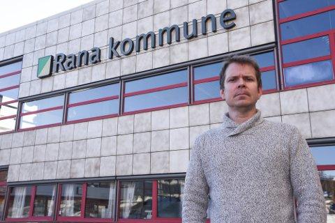 Kommuneoverlege i Rana, Frode Berg, er informert om saken, og sier at selv om firmaet ikke har gjort noe ulovlig liker han ikke det som har skjedd.