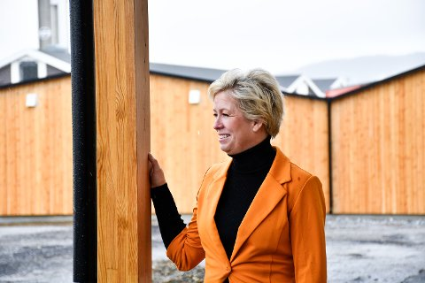 – Hvis alt går etter planen starter vi med terrasse-konstruksjonen neste uke, sier Tanja Vedal som sikter seg inn mot åpning av kaféen til sitt nye serveringsted allerede i mai.